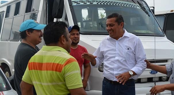 Con paso firme, inicia campaña Ricardo Orozco en Minatitlán