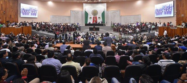 Aprueba Congreso de Veracruz creación de fideicomisos para garantizar pago a proveedores