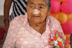 100 años cumplió la señora Agripina Ortíz Figueroa