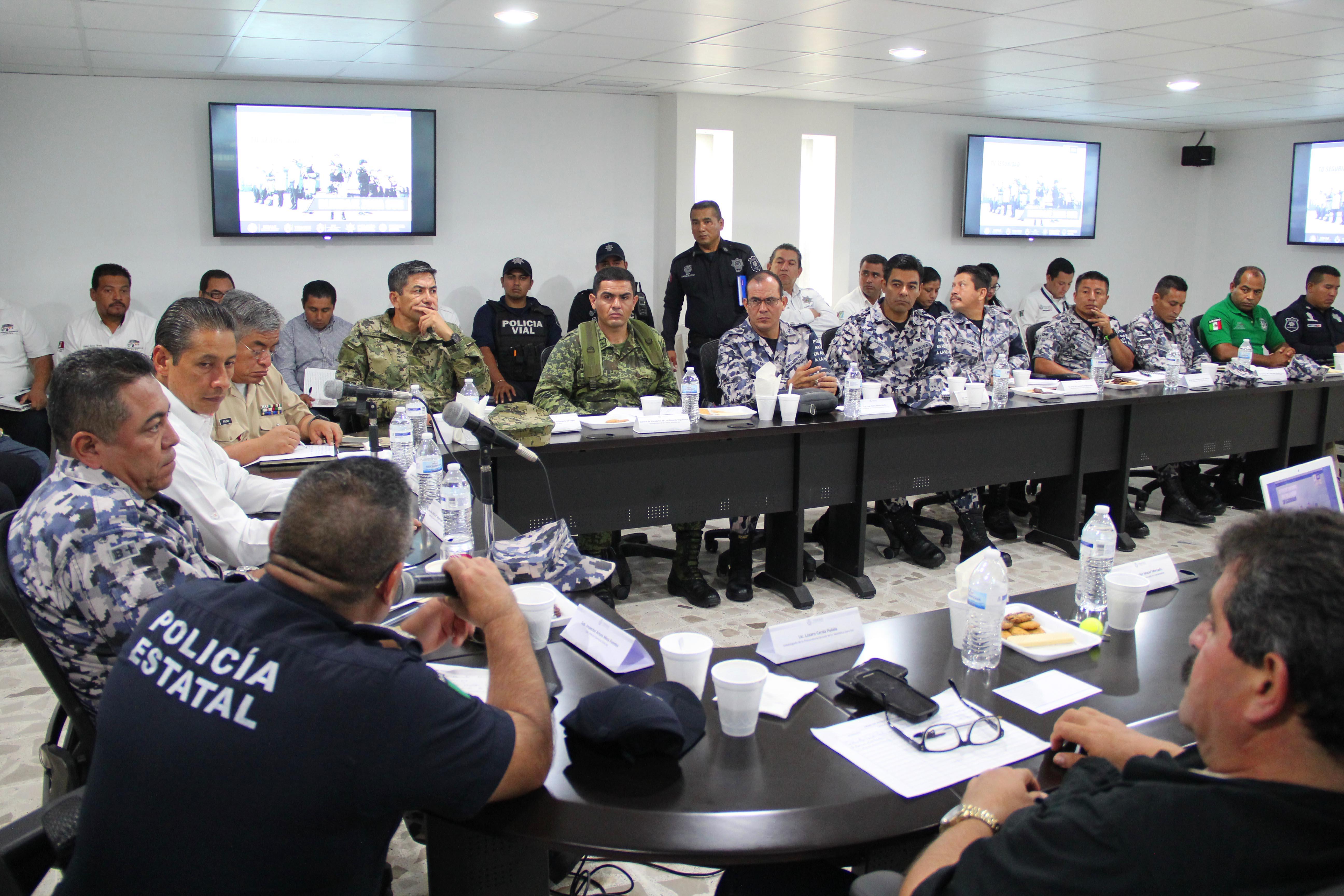 """El alcalde Hector Cheng, encabeza reunion de seguridad """"Blindaje Zona Sur"""""""