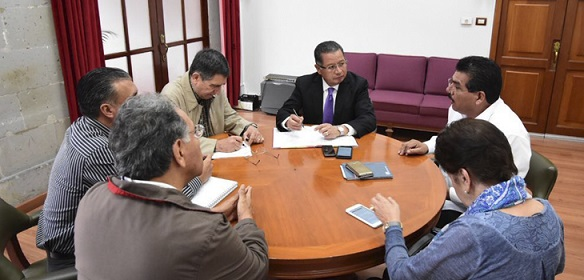 Cumple Gobierno de Veracruz con el pago de prestaciones al magisterio