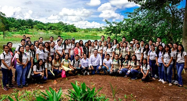 Tecnológico de Acayucan cumple 16 años de formar alumnos de excelencia educativa