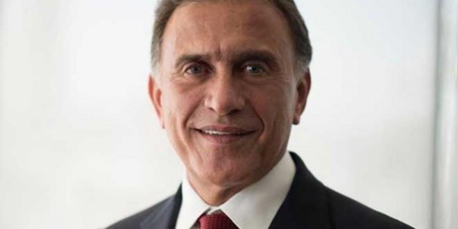 """""""Mi gobierno se regirá por los principios de austeridad, rendición de cuentas y combate a la corrupción"""": Gobernador Yunes"""