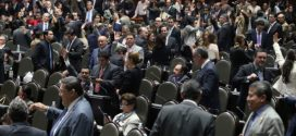 Diputados aprueban reducir 50% el salario cuando trabajador enferme por causa laboral