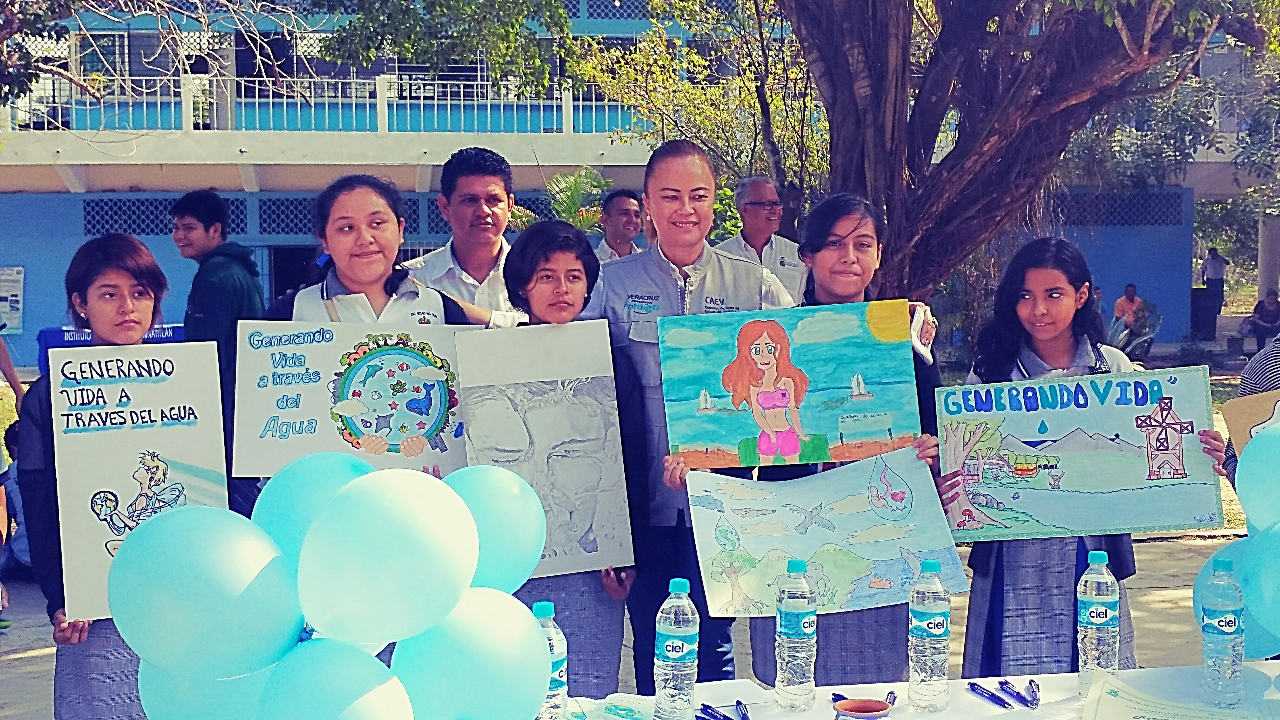 Resuelto la falta del agua potable en Minatitlán; asegura titular de CAEV