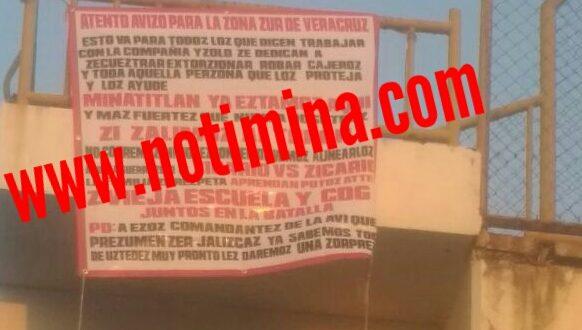 A través de narcomantas en Minatitlán; anuncian guerra de sicarios contra sicarios