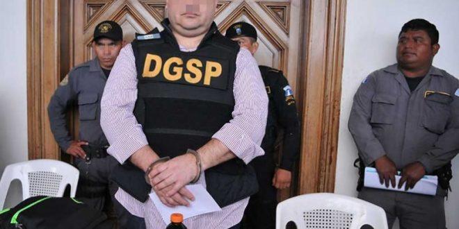 Se le acaban risas y dichos al ex gobernador; fue tratado como un capo del narco